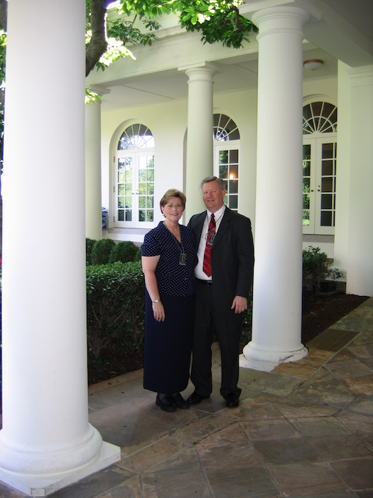 Vance and his wife Christine on a tour of the White House