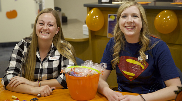 NSSLHA volunteers Megan and Jennifer